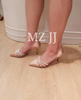 HL10123BE Heels