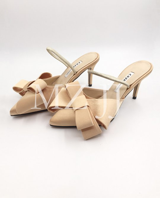 HL10137GD Heels