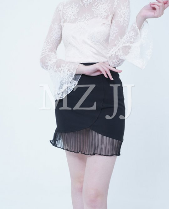 BL10576BE Blouse