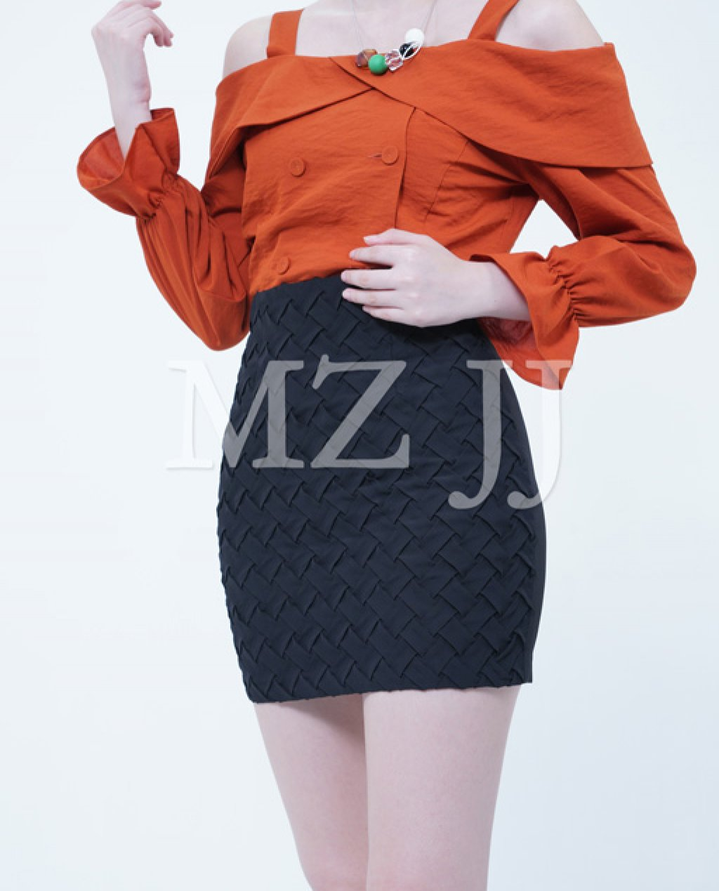 BL10569OR Blouse