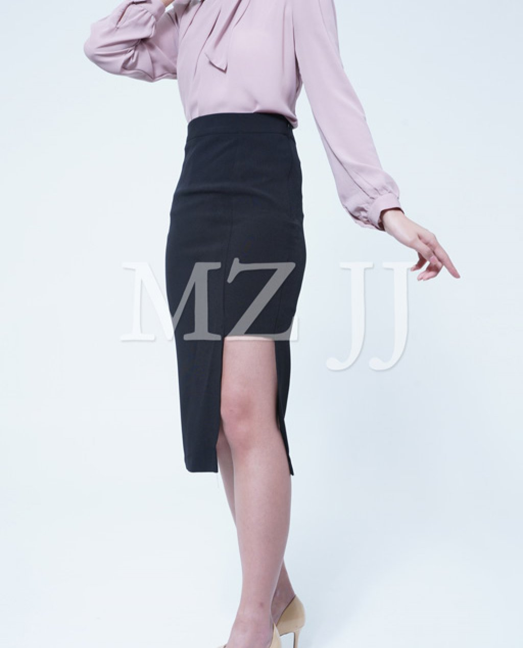 BL10600BE Blouse