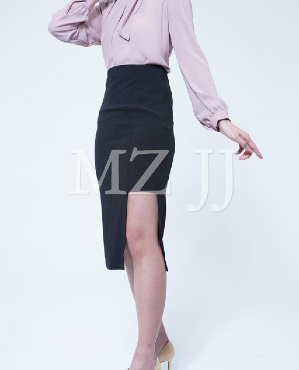 SK10862BK Skirt