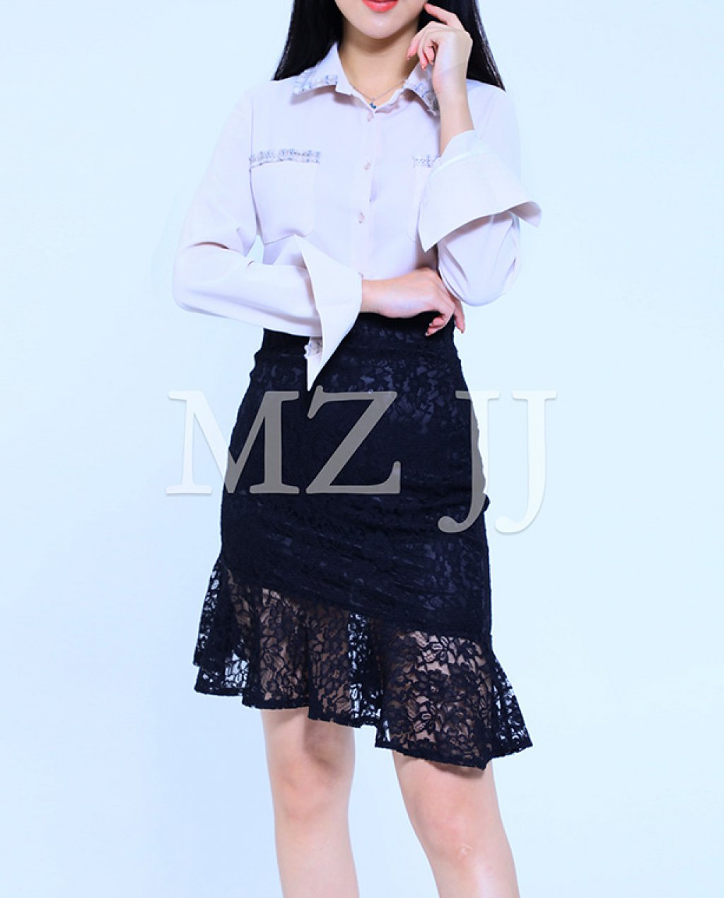 BL10617BE Blouse