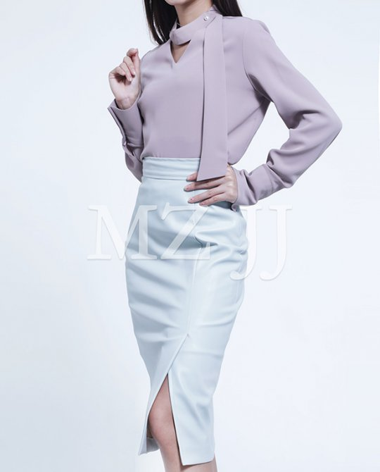 BL10667BE Blouse