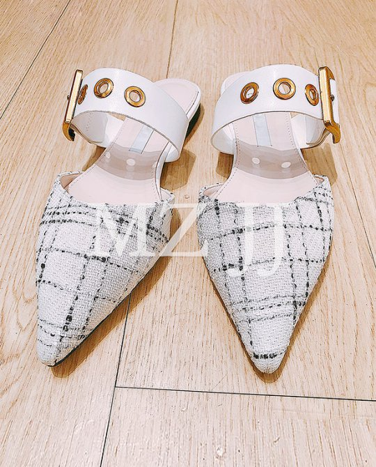 SD10126WH Sandals
