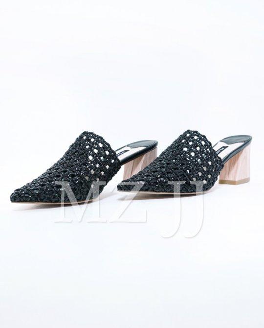 SD10118BK Sandals