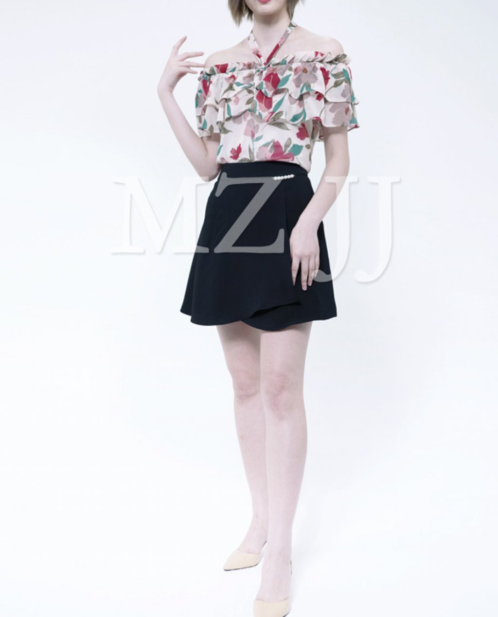 BL10499BE Blouse