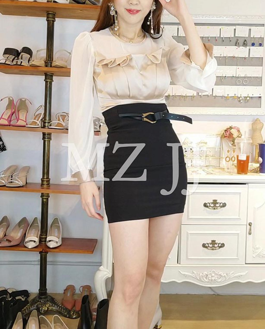 BL10892BE Blouse